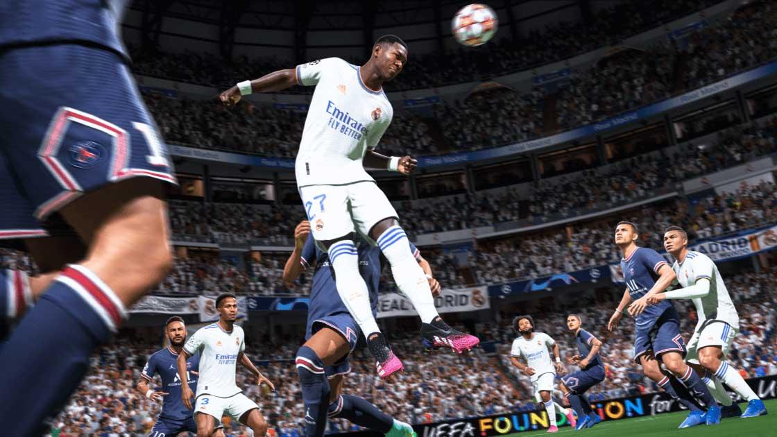 fifa 22 pre-order - player heading a ball