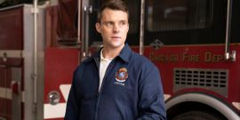 How Chicago Fire Will Approach Brett And Casey's Relationship Despite The 'Huge' Dawsey Legacy