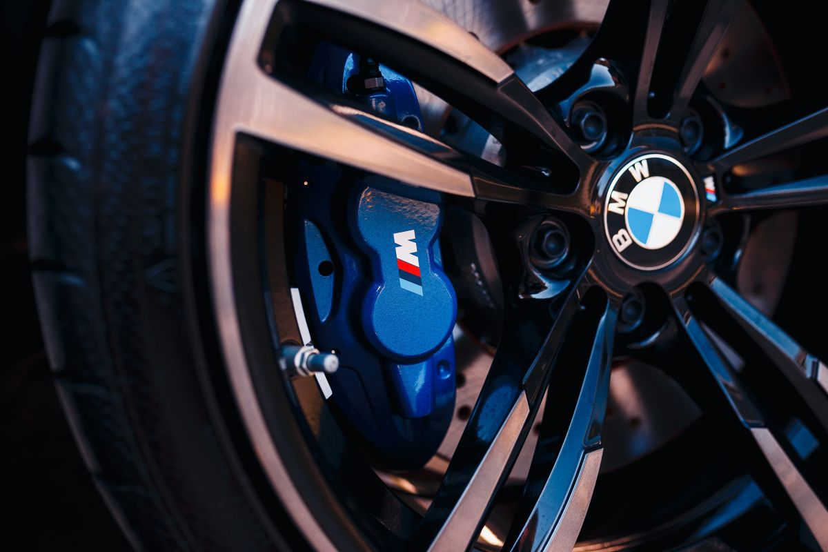 BMW iM2 EV could blow away Tesla Roadster — with 1,300 horsepower