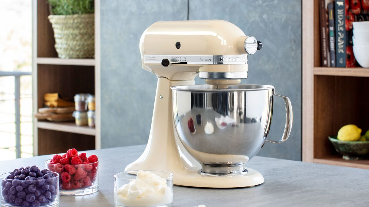 Kitchenaid Black Friday Deal Of The Day The Bake Off Tent