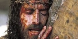 How To Watch The Passion Of The Christ For Free (Ahead Of Easter)