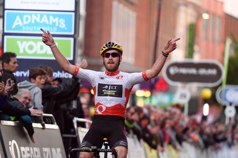 Chris Lawless wins, Tour Series 2016, Stoke-on-Trent