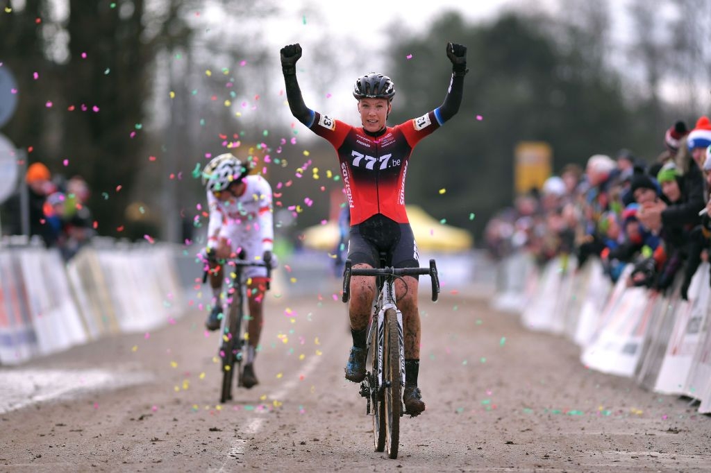 Cyclo-cross World Cup: Worst wins in Nommay