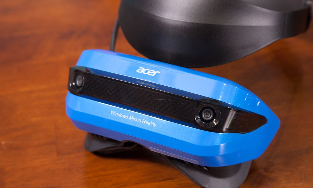 Acer Mixed Reality Headset Review: It's Empty in Here | Tom's Guide