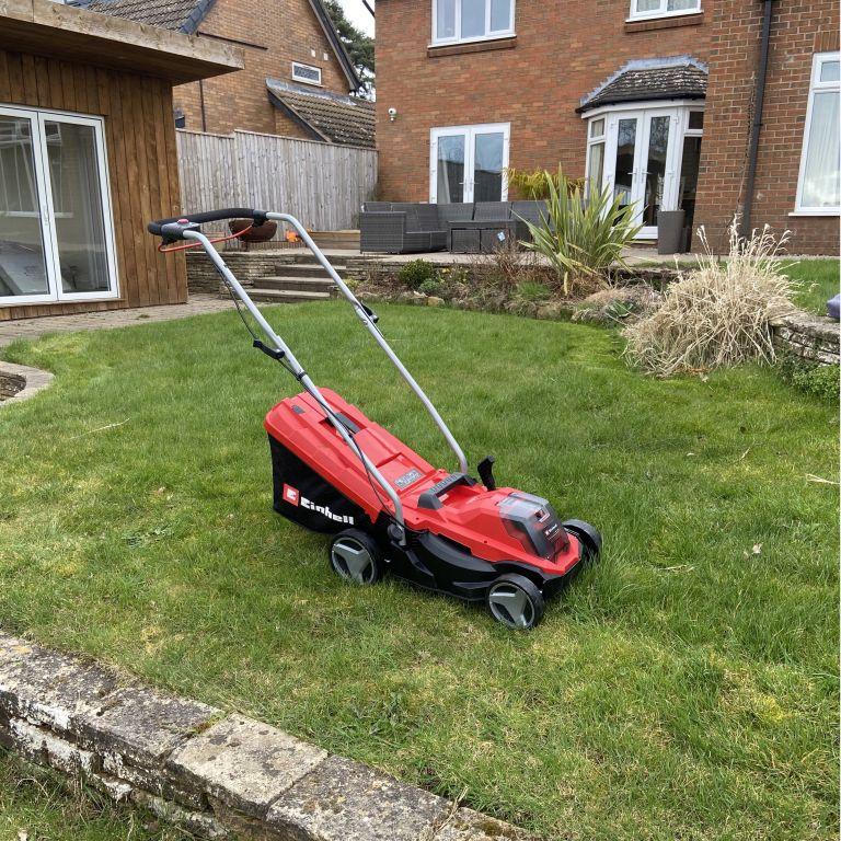 Einhell GE-CM 18/33 Li cordless lawn mower