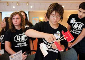 Kids Build Wind-Energy Technologies on 4-H National Youth Science Day