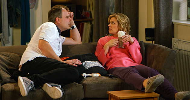 Steve McDonald proposes to Leanne Tilsley in Coronation Street.