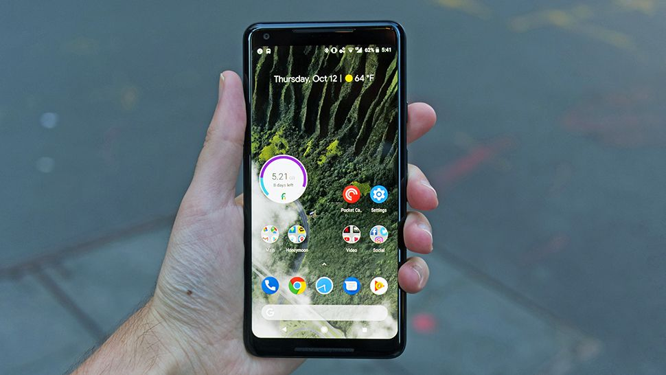 Pixel 3 image leaks show only one of Google's new phones has a notch