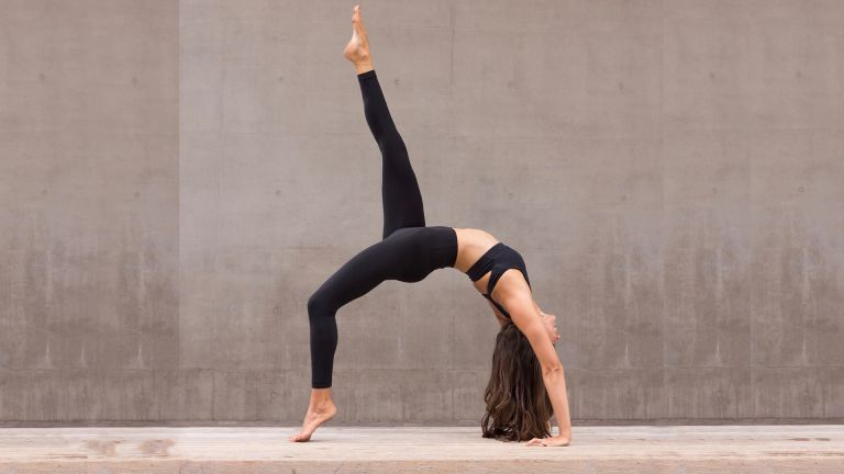 Best Yoga Workout For Beginners Get Stronger With A Pain