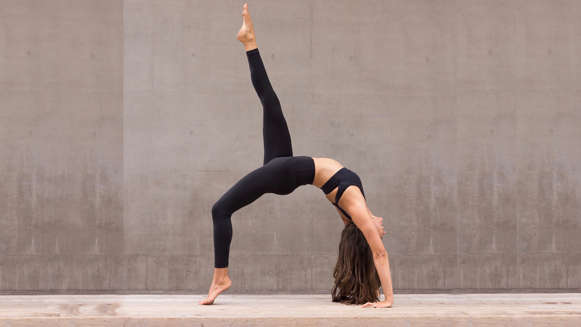 Best Yoga Workout For Beginners Get Stronger With A Pain Free Full Body Workout From A Top Pt T3