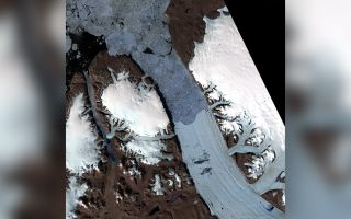 greenland glacier cracking
