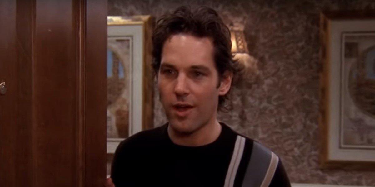 paul rudd as mike answering door on friends