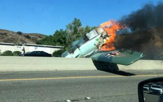 A vintage world-war-II model single-engine plane crashed on California highway yesterday (Oct. 24)