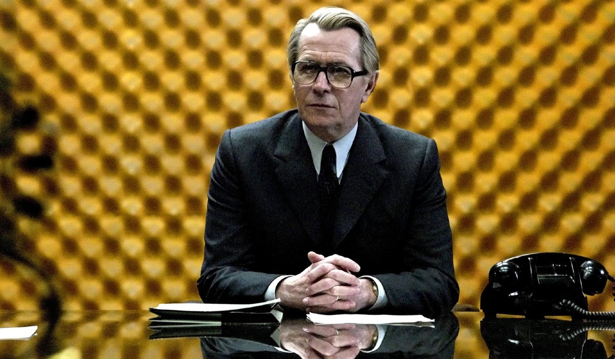 Tinker Tailor Soldier Spy Gary Oldman at the head of the conference table
