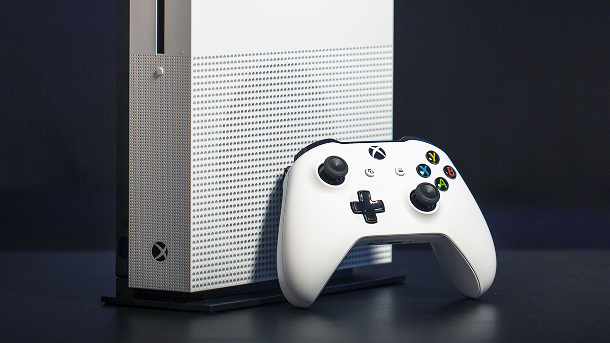 Microsoft S Purple Fortnite Edition Xbox One S Appears In
