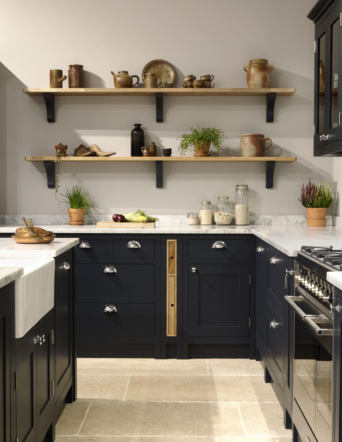 Shaker Kitchens Design Tips And Ideas To Create Your Classic Kitchen Real Homes