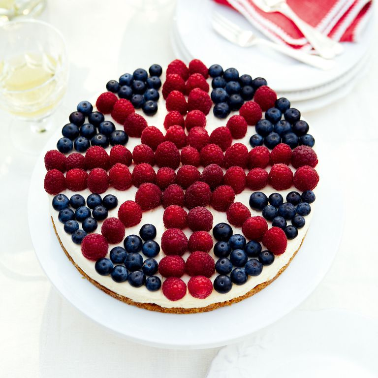 A very British Cheesecake-Cheesecake-union jack-jubilee-woman and home
