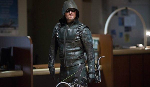 Oliver Queen Arrow 100