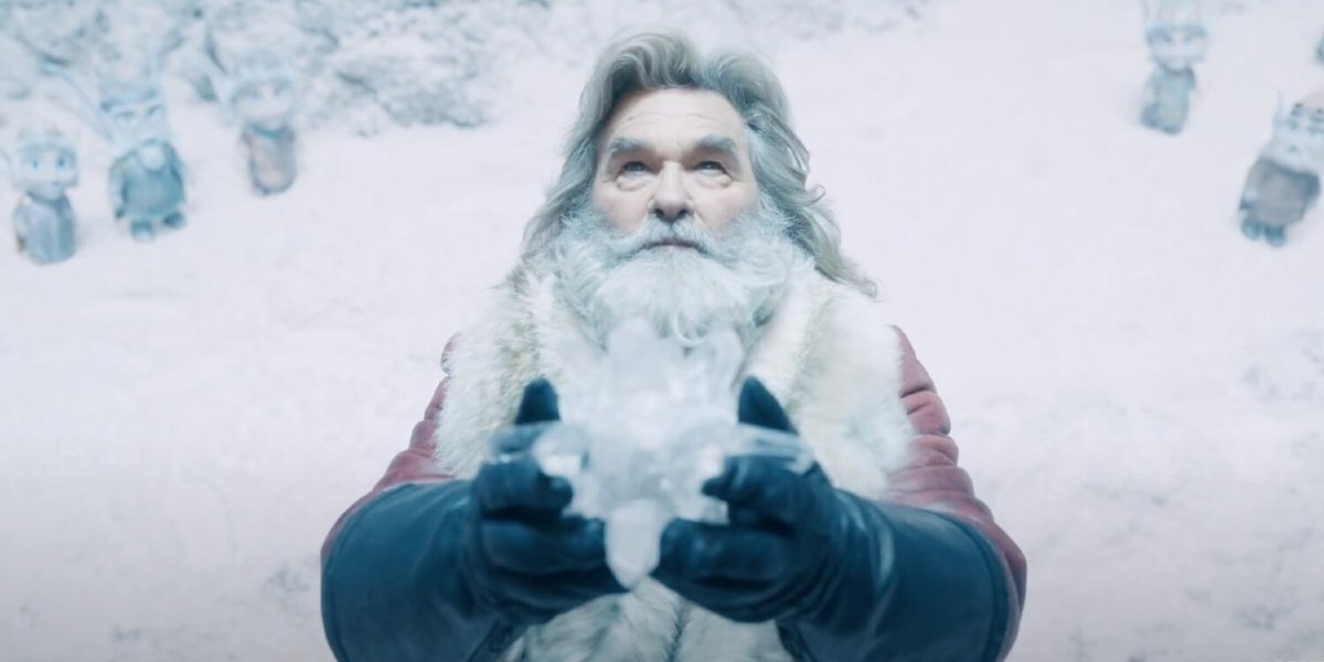 The Christmas Chronicles 2 Santa forging the new Christmas Star