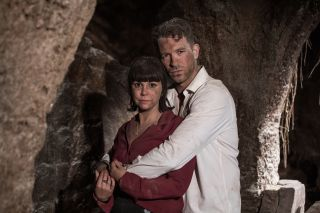 Hollyoaks Darren Osborne and Nancy are trapped