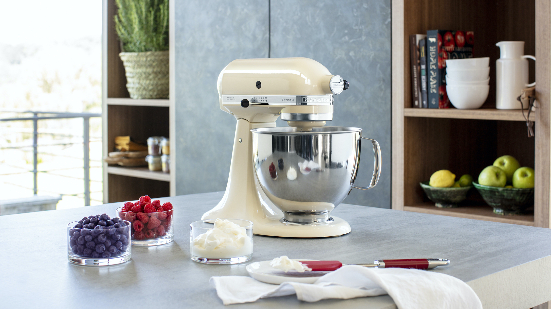 Best Kitchenaid Mixers 2021 Top Stand Mixers Blenders Choppers And Portables From The American Mix Maestro T3