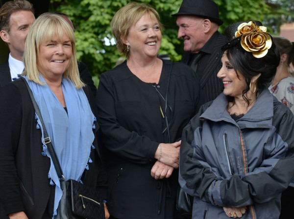 Pauline Quirke, Linda Robson and Lesley Joseph film scenes for Birds Of A Feather