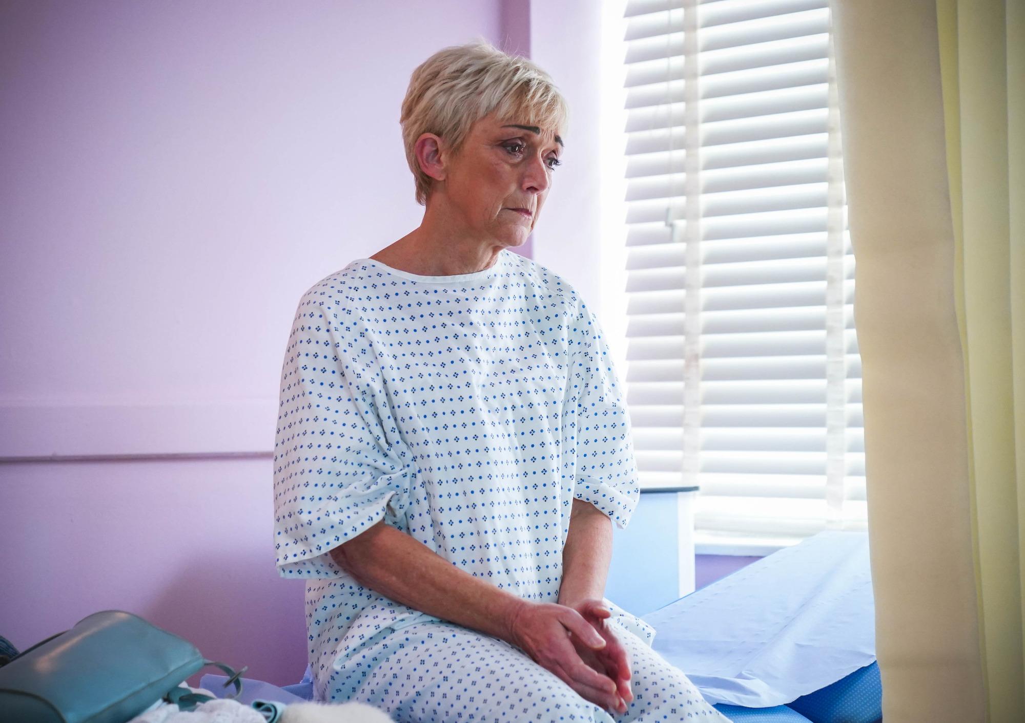 Jean cree que su cáncer podría estar de vuelta en EastEnders