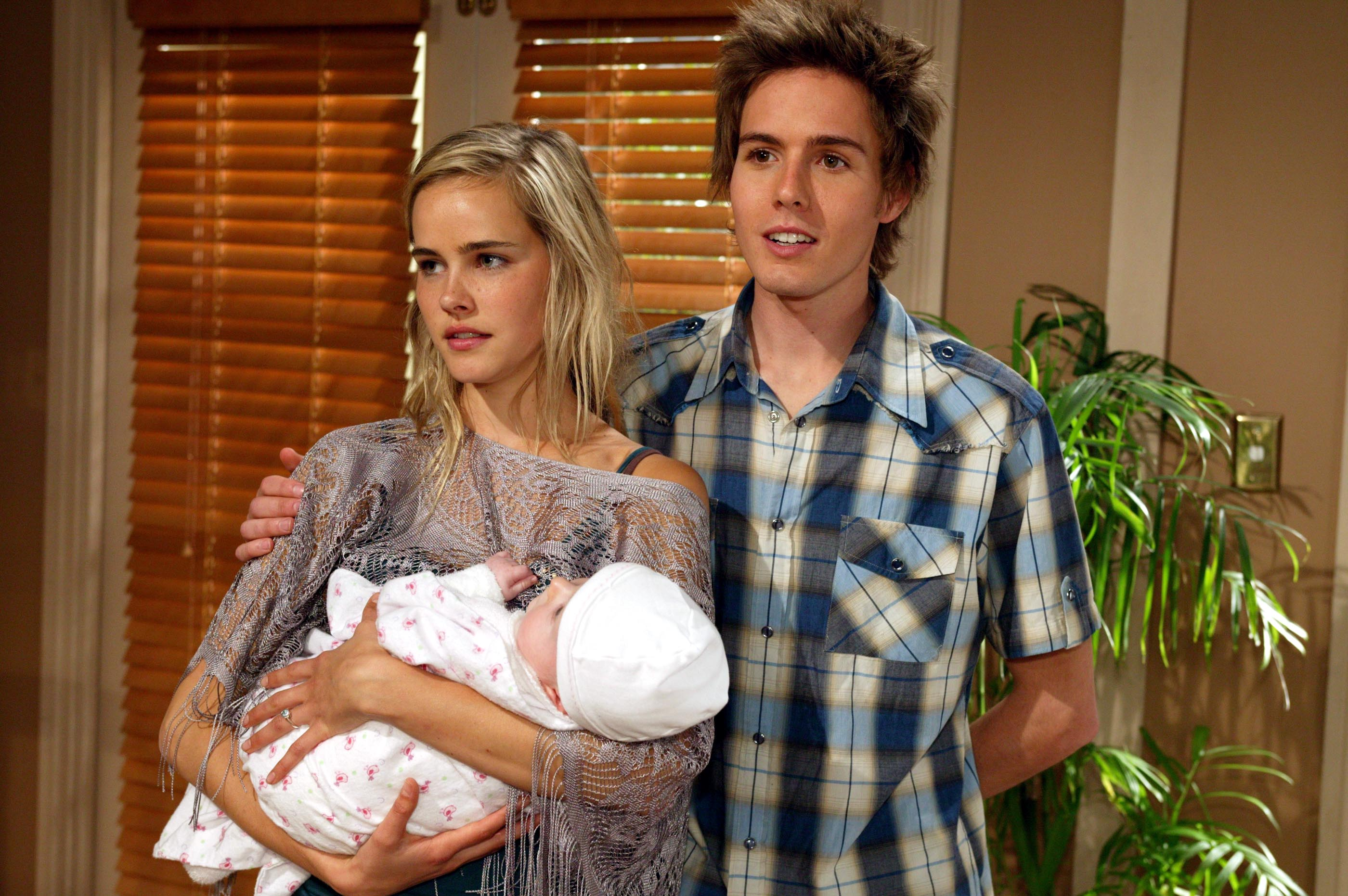 17 Old Home And Away Characters That Will Make You Sick