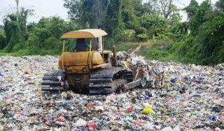 landfill-100825-02