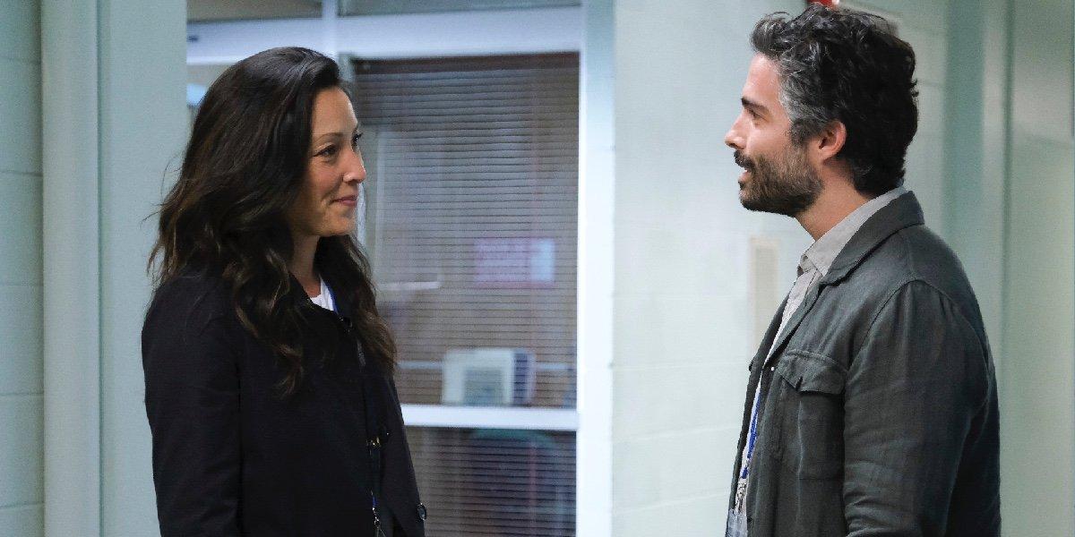 Christina Chang as Dr. Audrey Lim and Osvaldo Benavides as Dr. Mateo Rendón Osma in The Good Doctor.