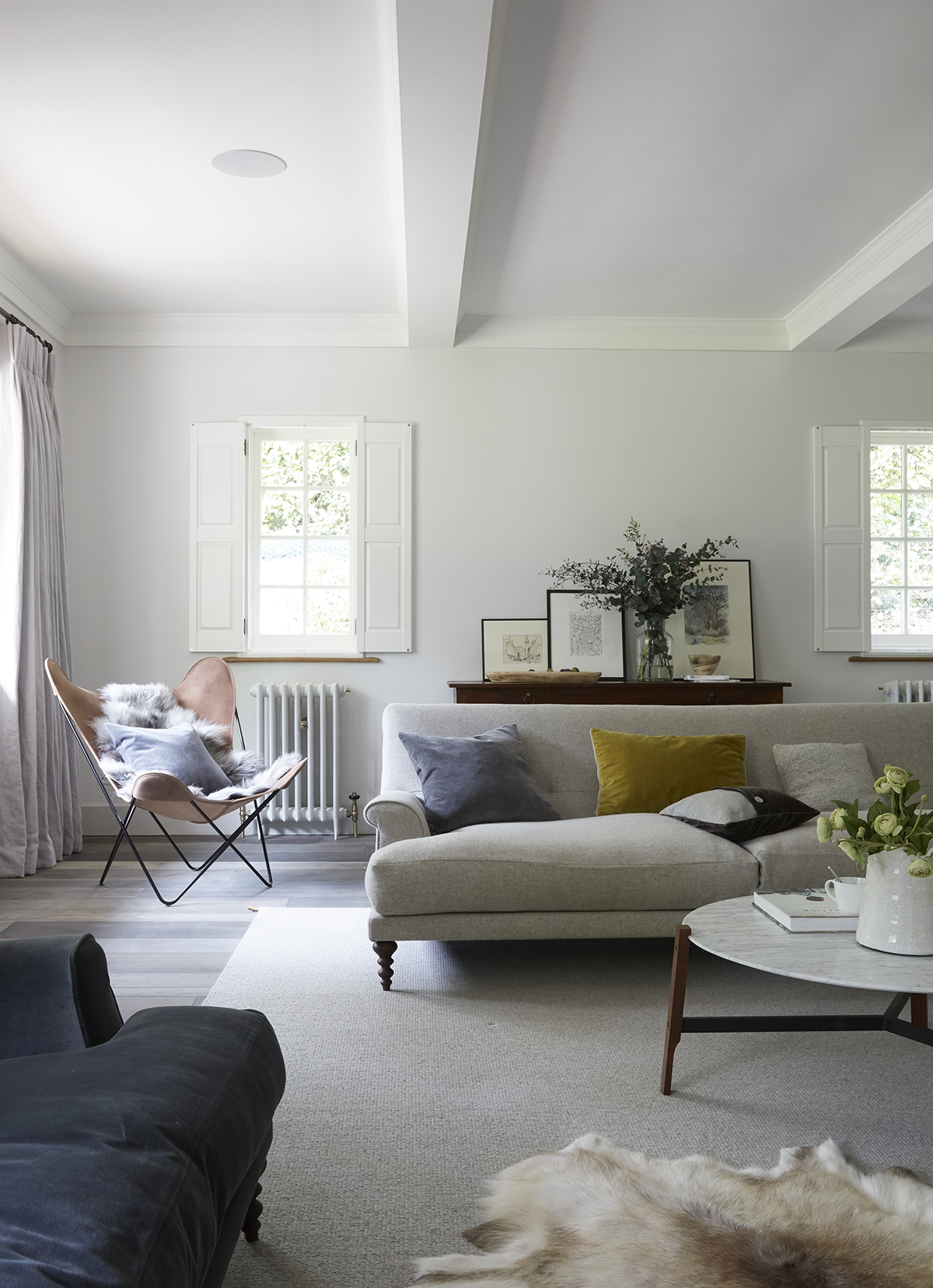 Scandi goes plush in this once-traditional Buckinghamshire country home