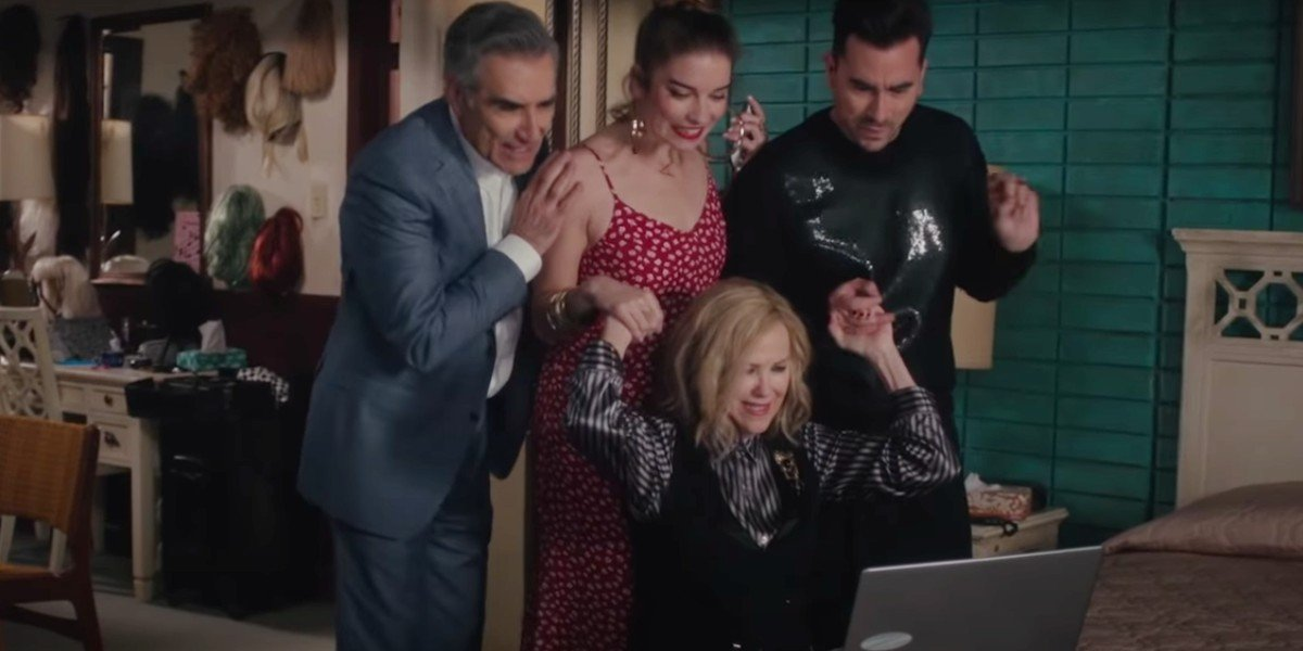 Catherine O'Hara, Dan Levy, Eugene Levy, and Annie Murphy in Schitt's Creek