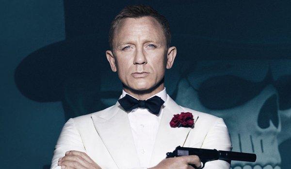 Spectre Daniel Craig in a white tuxedo in front of a skeleton