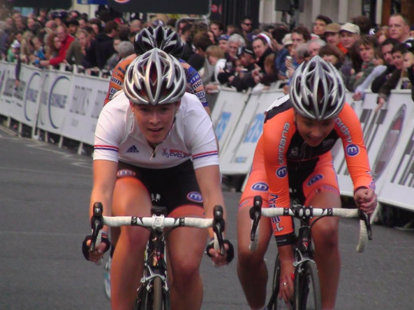 Hannah Barnes and Lucy Garner, London Nocturne 2011