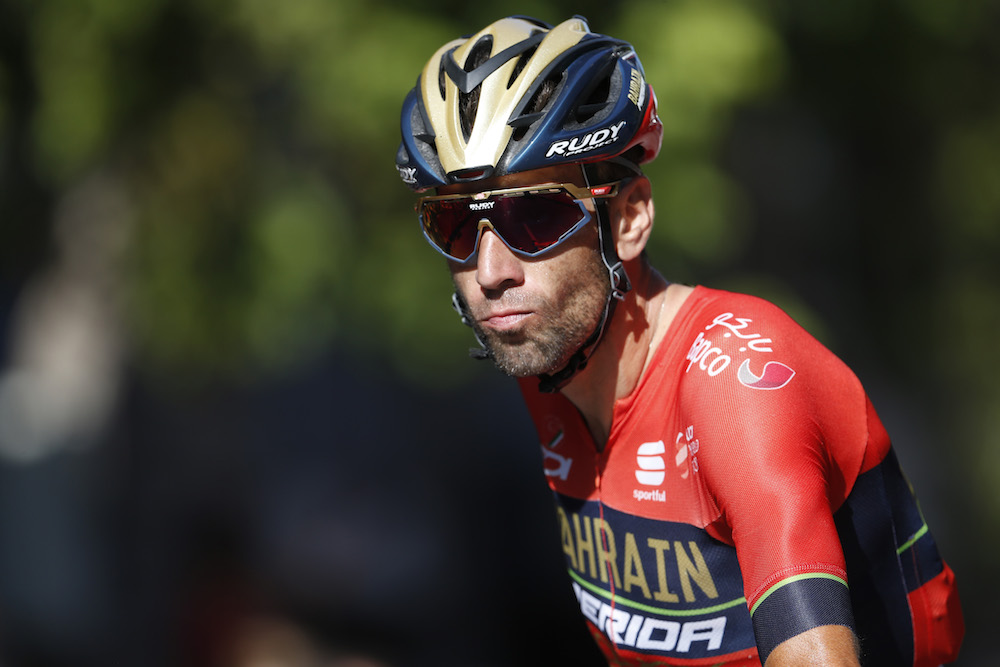 Vincenzo Nibali due to speak with French magistrates about Tour de France  crash - Cycling Weekly 95d7fd0fa