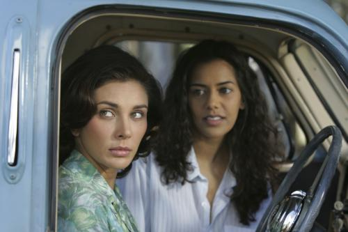 The World Unseen - Lisa Ray & Sheetal Sheth play Indian women in 1950s South Africa
