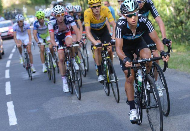 Richie Porte chases, Tour de France 2012, stage 11