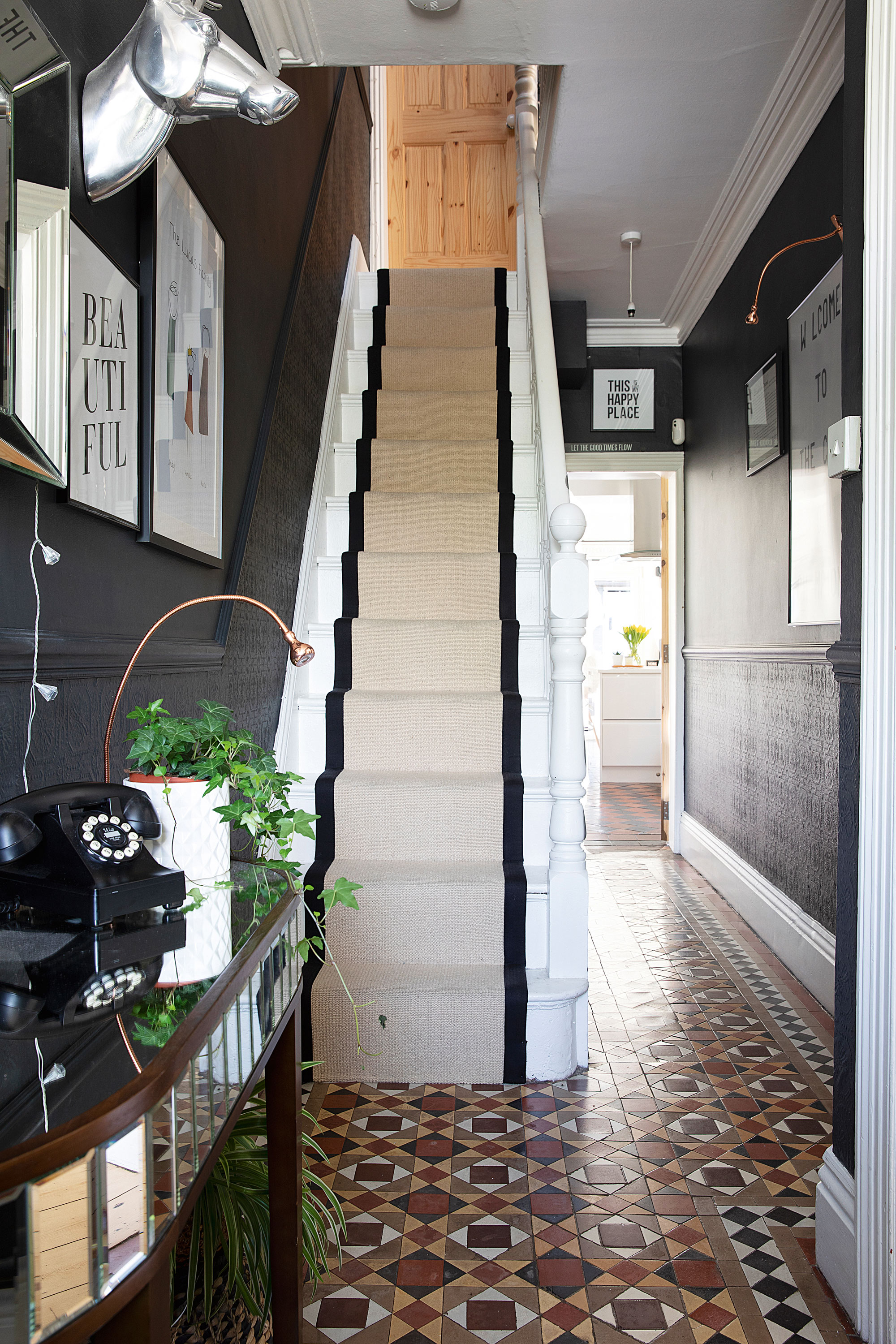 Hallway Paint Ideas 32 Simple Ways To Add Color Your E Real Homes
