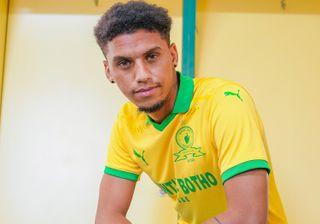Mamelodi Sundowns defender Rushine De Reuck