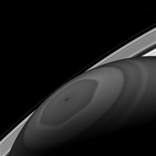 Saturn's north pole hexagon storm