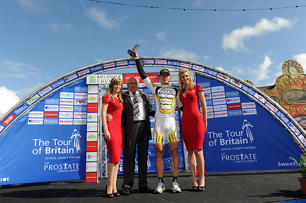 Andre Greipel on podium, Tour of Britain 2010, stage one