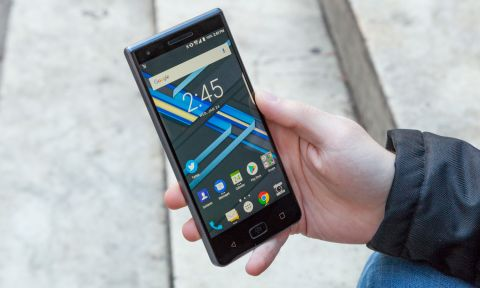 BlackBerry Motion Review: A Very Particular Set of Skills | Tom's Guide