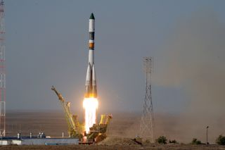 Launch photo for Russian Soyuz rocket carrying Progress 44 cargo ship