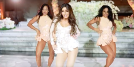 Bride Performs A Beyonce Routine For Her Groom, And It's Perfection