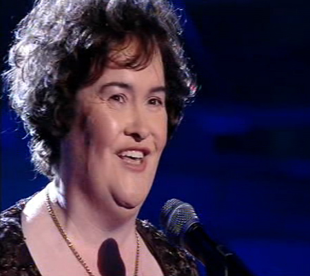 Susan Boyle gets standing ovation at Wembley