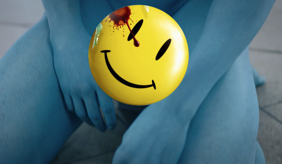 hbo watchmen doctor manhattan blue dong smiley face