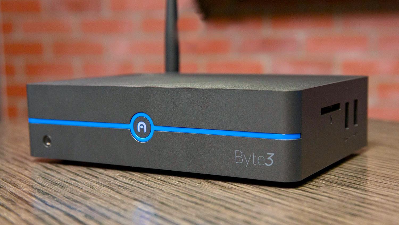 Azulle Btye3 Fanless Mini Desktop PC