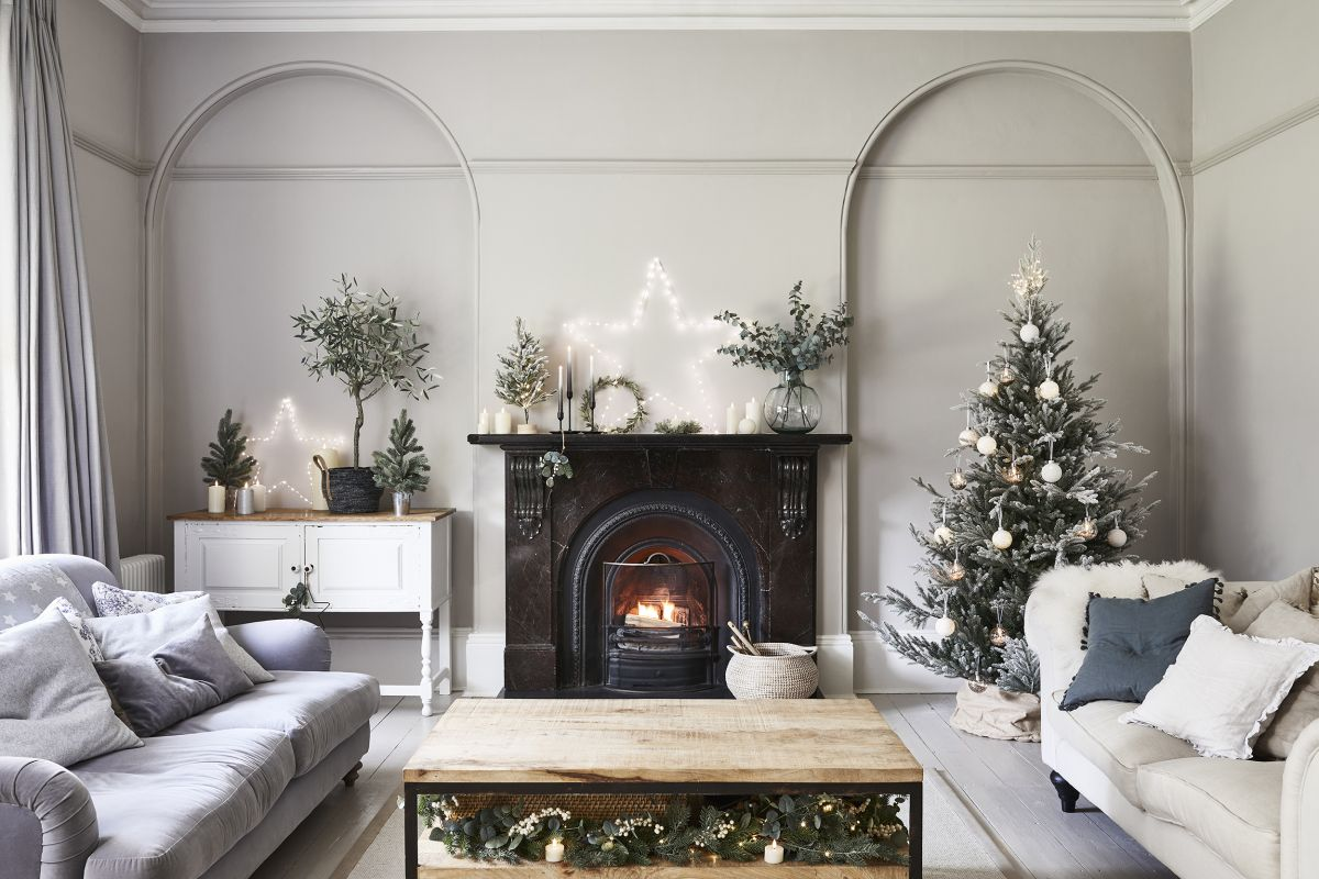 10 Christmas living room decorating ideas for 2020 - for ...