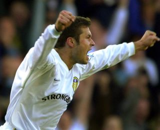 Leeds v Liverpool Viduka goal
