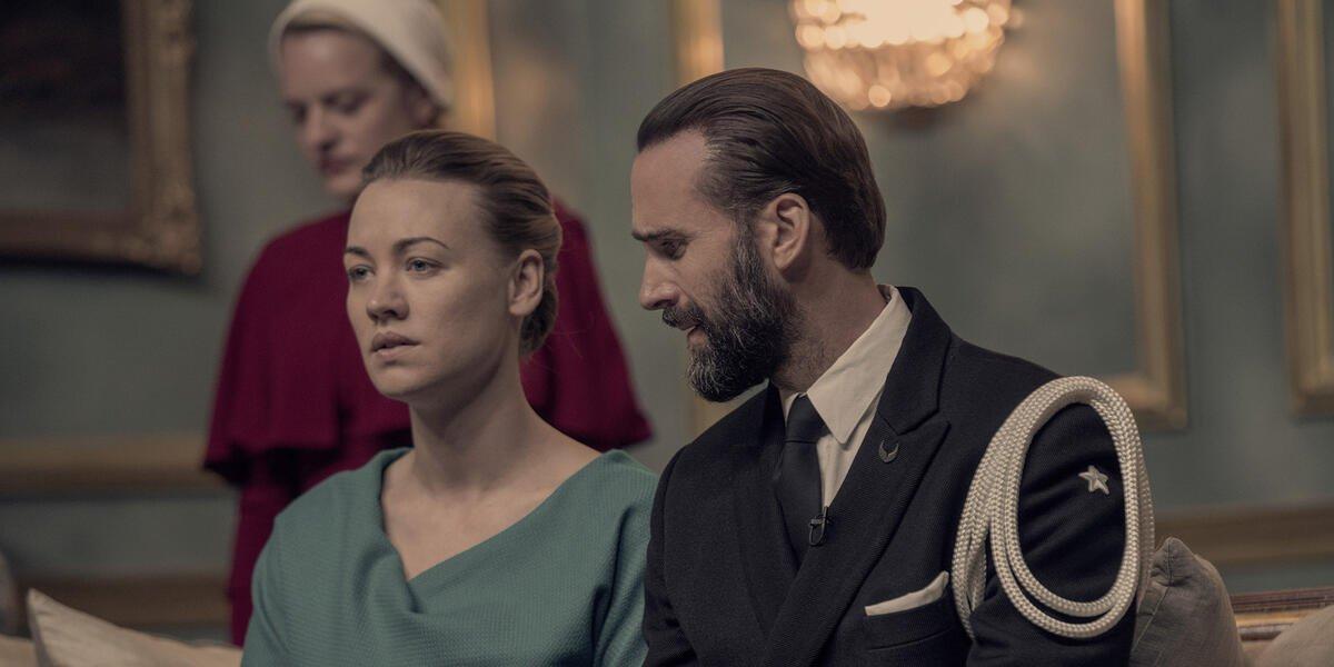 Elisabeth Moss, Yvonne Strahovski, and Joseph Fiennes on The Handmaid's Tale